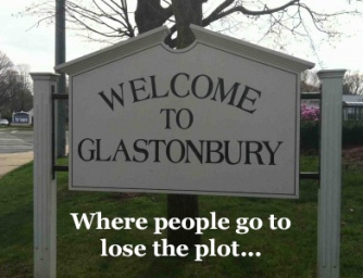 GlastonburySign2